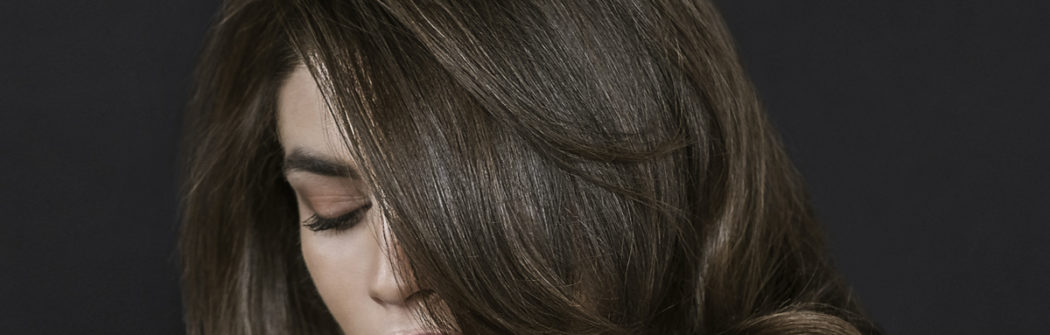 Some tips before colouring your hair.